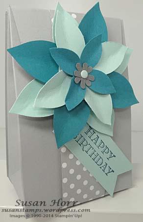 Gift Bag Punch Board, Festive Flower Builder Punch